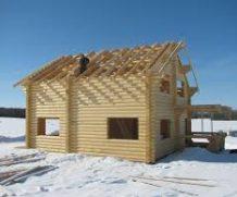 Плюсы и минусы строительства дома зимой